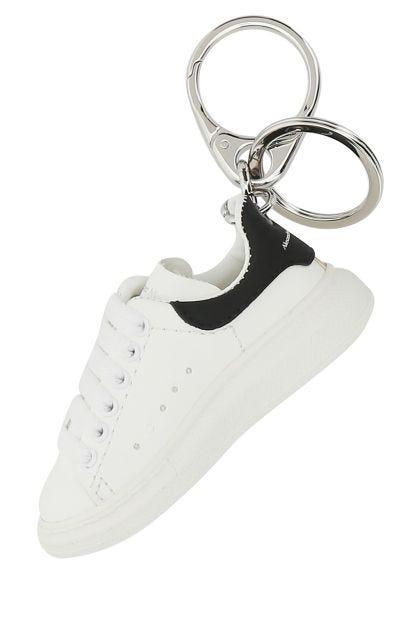Oversize Sneaker keyring