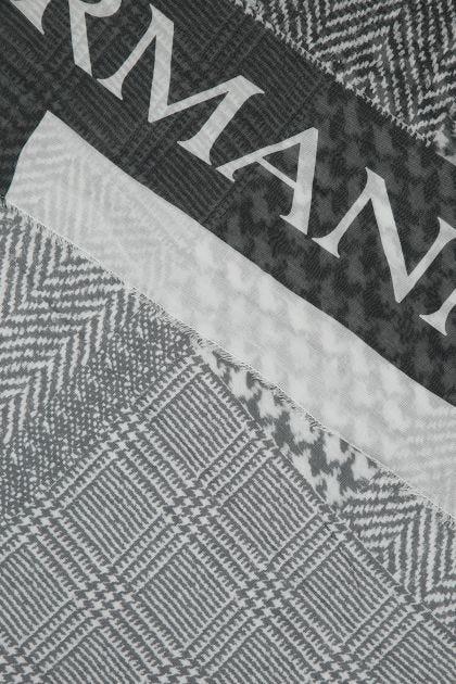 Two-tone modal blend foulard