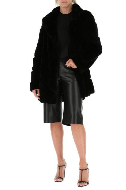 Black synthetic leather Tazu bermuda pants
