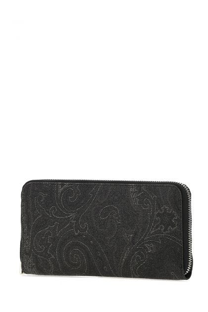 Embroidered fabric wallet