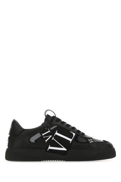Black leather Low-top VL7N sneakers