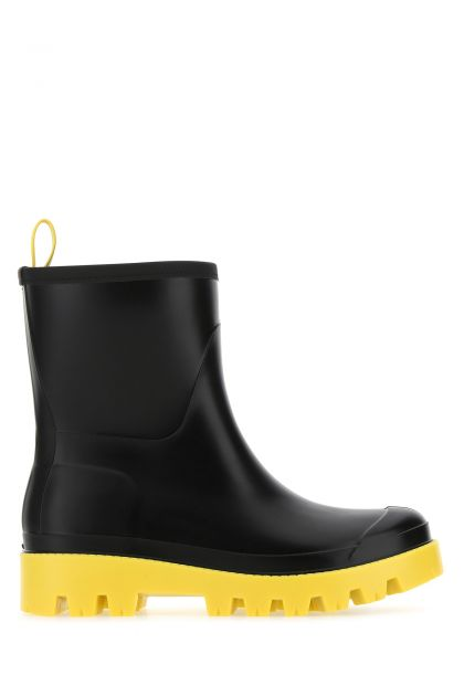 Black rubber Giove ankle boots