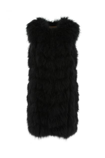 Black sleeveless fur coat