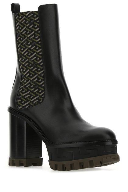 Black leather La Greca Signature boots