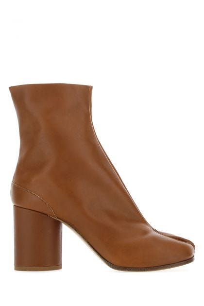 Brown leather Tabi ankle boots