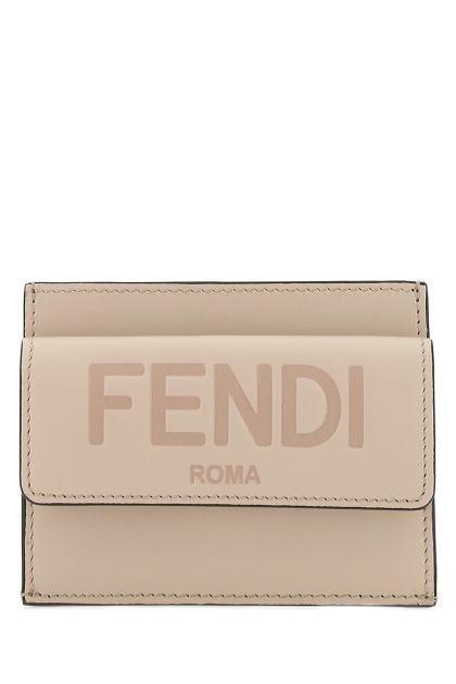 Skin pink leather card holder