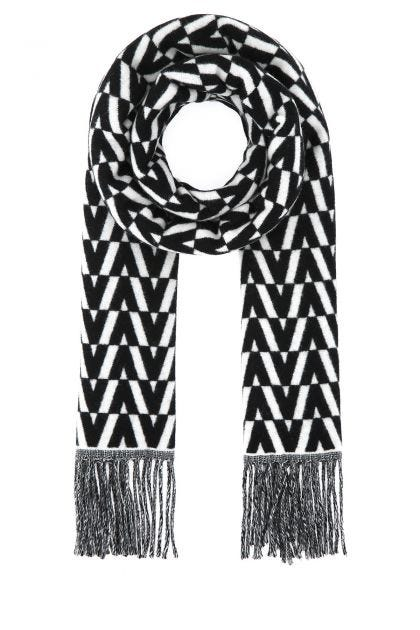 Two-tone wool blend scarf