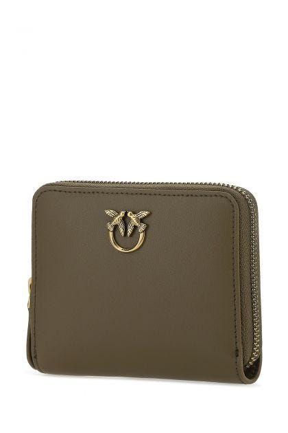 Mud leather wallet