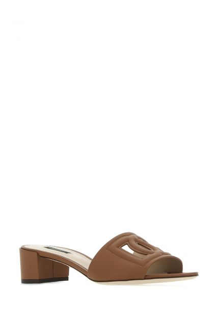 Biscuit leather mules