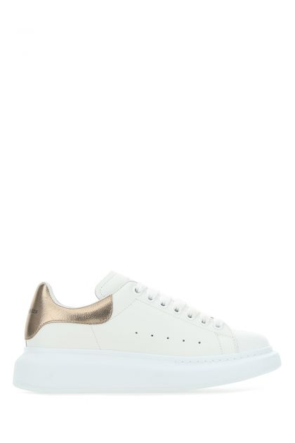 White leather sneakers with rose gold heel