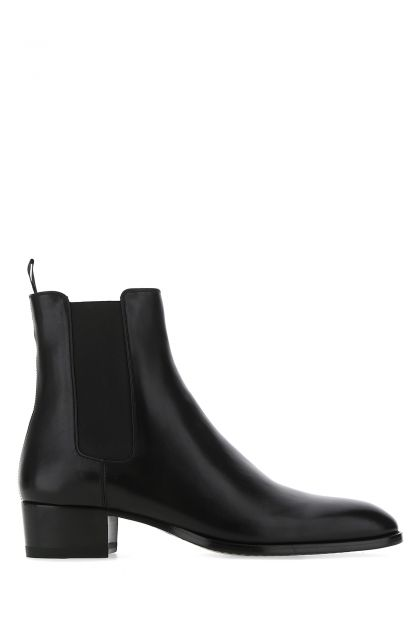 Black leather Wyatt 40 Chelsea ankle boots
