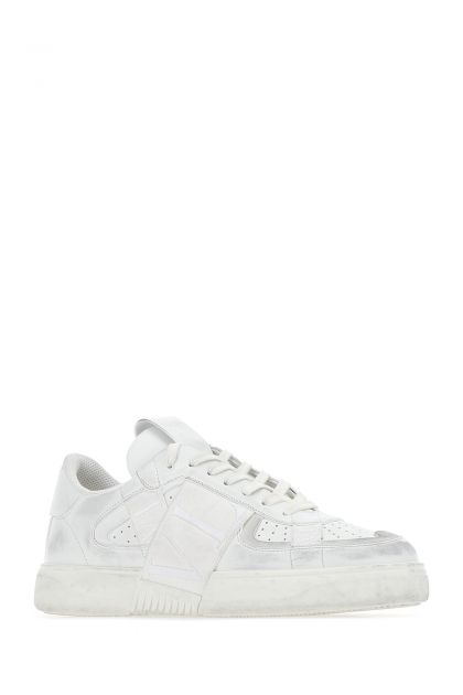 White leather VL7N Low Top sneakers